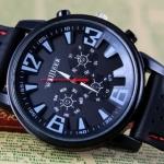 นาฬิกาข้อมือ สายซิลิโคนแท้ สีดำ แนว สปอร์ต แต่งตะเข็บ สีแดง เก๋ ๆ นาฬิกาข้อมือ ผู้ชาย Analog ของขวัญให้แฟน เท่ ๆ 730325