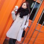 เสื้อโค้ทกันหนาว สไตล์ยุโรป ดีไซน์หรู สี Off White ผ้าวูเนื้อหนากันหนาวได้ดีมัซับใน