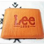 กระเป๋าสตางค์ Lee หนังกลับ สีน้ำตาลอ่อน S003