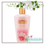 Victoria's Secret Fantasies / Body Lotion 250 ml. (Sheer Love) *มีตำหนิ ขวดสุดท้าย