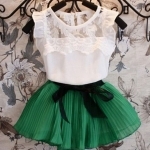 ชุดกระโปรงเด็กผู้หญิง เดรสเด็ก ใส่หน้าร้อน เสื้อลูกไม้สีขาว แขนกุด กระโปรงพลีช สีเขียว เดรสคุณหนู แบบไทย ๆ เสื้อแขนกุด กระโปรงบาน น่ารักค่ะ 971470_1