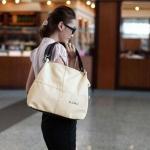 กระเป๋าถือผู้หญิง พร้อมสายสะพายข้าง สายหนังแท้ ตัวกระเป๋าหนัง Pu กันน้ำได้ กระเป๋า Brand ยอดฮิตจากยุโรป สีพื้น ใช้ได้ทุกโอกาส no 537580