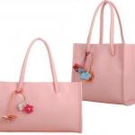 กระเป๋าถือผู้หญิง กระเป๋าหนัง สีชมพู หวาน ๆ สไตล์ คลาสสิค แบบเรียบ ๆ ดูดี มีสไตล์ มีแบบแนวตั้ง และ แนวนอน กระเป๋าใส่ของไปเรียน 882629_5
