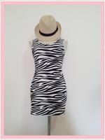 dress2094 เดรสแฟชั่นงานแพลตตินั่มผ้ายืดเนื้อดี แขนกุด ลายม้าลายโทนสีขาวดำ รอบอก 36 นิ้ว