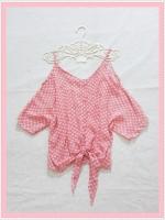 blouse1962 เสื้อแฟชั่นไซส์ใหญ่แขนสามส่วนเปิดไหล่ ผูกชาย ผ้าชีฟองโปร่งสีชมพูพาสเทลลายจุดขาว