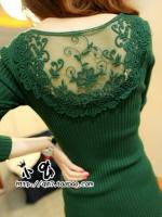 สีเขียว เสื้อแฟชั่นตัวยาว ทรงสวย แต่งซีทรูเก๋ๆ เนื้อผ้าตามรูป เนื้อนิ่มยืดได้เยอะ พร้อมส่ง