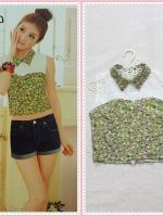 blouse2088 เสื้อแฟชั่นตัวสั้น คอบัวแหลมอกขาว แขนกุด ซิปหลัง ผ้าชีฟองนิ่มลายดอกไม้เล็กสีเขียว