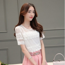 Blouse3605 เสื้อแฟชั่นเกาหลี ผ้าแก้วผสมลูกไม้ฉลุเนื้อนิ่ม สีพื้นขาว งานดีสวยน่ารัก แมทช์กับกระโปรงหรือกางเกงได้หลายแบบ