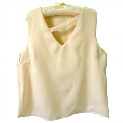 เสื้อแขนกุดคอวีผ้าซาร่า