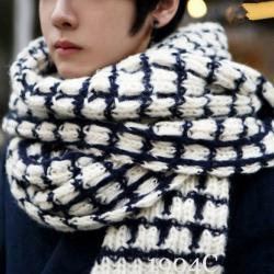 ผ้าพันคอกันหนาว ไหมพรม เกาหลี ลายตาราง ขาวดำ พร้อมส่ง