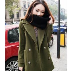 เสื้อโค้ทกันหนาว สีเขียวทหาร ทรงสวย รุ่นนี้ดูหรูตรงกระดุมเลยจ้า ผ้าวูลผสมสำลี พร้อมบุซับในกันลม พร้อมส่งเลยจ้าา