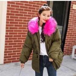 เสื้อกันหนาวฮู้ดดี้ แต่งเฟอร์หนาฟู งานเกรดดีเหมือนแบบ บุนวมหนา อุ่นมาก หิมะก็เอาอยู่ (ถอดขนถอดฮู้ดได้)
