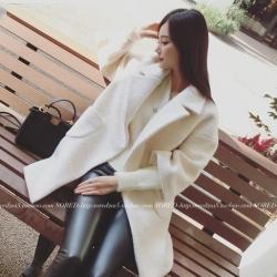 Over Coat ทรงโคล่ง ผ้าสำลีเนื้อเรียบสีขาว บุซับในกันลมกันหนาว พร้อมส่ง
