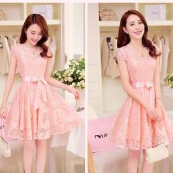 Dress4086 เดรสลูกไม้ทรงสวยสีชมพู มีผ้าผูกเอว ซิปข้างใส่ง่าย ซับในทั้งชุด ผ้าลูกไม้ยืดเนื้อนุ่มใส่สบาย งานดีทรงดีสีสวย ใส่ออกงานได้สบาย