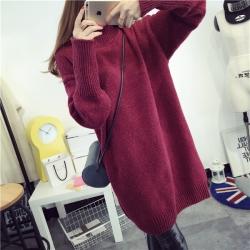 Sweater เสื้อไหมพรมถักตัวยาว สีแดงใส่ตัวเดี๋ยวได้เลยเก๋ๆ ไหมพรมนุ่มยืดได้เยอะ