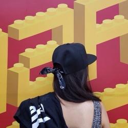 หมวกทรงฮิปฮอป ผ้าชาลีสีดำ แต่งโบว์เก๋ๆด้านหลัง