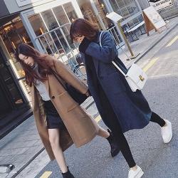 เสื้อโค้ททรงสวย แบบผู้ดี ผ้าวูลผสม เนื้อไม่หนา บุซับในกันลม จะใส่คลุม หรือใส่เป็นเสื้อโค้ทปกติก็เก๋ค่า สำเนา