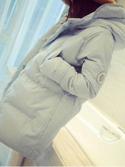 เสื้อกันหนาว สีเทา ตัวยาว ผ้าร่มเนื้อดีกันลม บุนวมนุ่ม ซิปและกระดุมหน้า พร้อมส่งจ้า