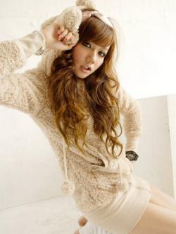 พร้อมส่ง - สีครีม เสื้อกันหนาวฮู้ดดี้ แฟชั่นเกาหลี หมี น่ารัก