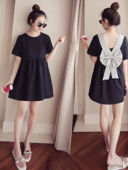 mini Dress แต่งโบว์สีเทาด้านหลัง น่ารัก ผ้าโพลิทิ้งตัว ยืดได้เยอะ เนื้อไม่หนาใส่สบาย