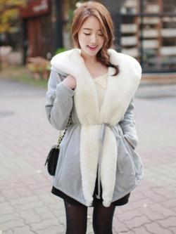 เสื้อกันหนาวแฟชั่น ทรงสวย อุ่นและนิ่มมาก แบบเก๋ๆ สีเทาแบรนด์ RJ STORY แท้ พร้อมส่ง