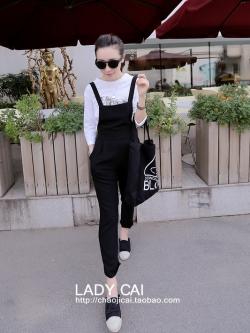 เอี๊ยมกางเกงสีดำ+เสื้อยืดแขนยาวสีขาวล้วน พร้อมส่ง ทรงสวยน่ารักเว่อร์ เอวยืดสม้อคหลัง เอี้ยมผ้าเนื้อทราย