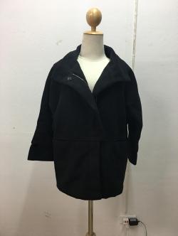 เสื้อโค้ทกันหนาว ทรง Over เก๋ มีสไตล์ แต่งซิปและกระดุม ผ้าวูลเนื้อดีหนานุ่ม บุซับในกันลม พร้อมส่งจ้า