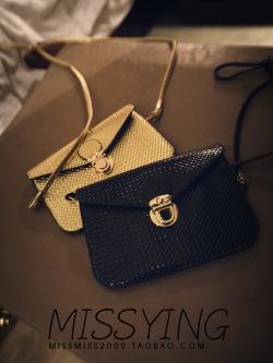 พร้อมส่ง กระเป๋าสะพาย ใบเล็ก สีดำ ทรงสวย