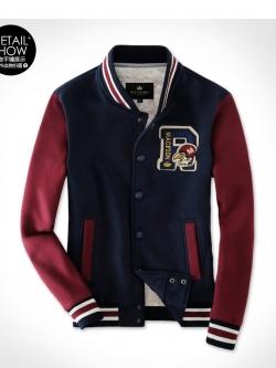 เสื้อเบสบอล Macfion ลาย R สีกรมแดง ด้านในเป็นผ้าขนนุ่ม ใส่ได้ทั้งผู้ชายและผู้หญิง
