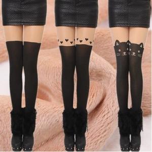 **มีหลายลาย **Legging เลกกิ้งกันหนาว ด้านในเป็นขนนุ่ม (ลองจอน) ด้านนอกเป็นผิวแบบถุงน่อง+เลกกิ้ง ยืดได้เยอะ กระชับทรง