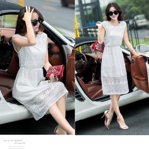Dress3604-3605 งานนำเข้าสไตล์เกาหลี Maxi Dress ชุดเดรสยาวผ้าลูกไม้ยืดเนื้อนิ่มสีขาว มีซับในทั้งชุด เอวสม็อคยืดได้เยอะ