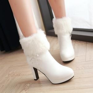 Boots รองเท้าบูท หนังพร้อมขนเฟอร์ หวานๆ ด้านในเป็นกำมะหยี่ งานดีเหมือนแบบค่ะ แถมที่รองเท้าขนแกะนุ่มๆด้วยน้าาา