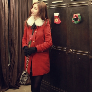 โค้ทกันหนาว สีแดง เก๋ๆ แบบสวยทรงผู้ดีมากๆ แถมขนเฟลอ (ถอดออกได้) ดูดีสุดๆ แบรนด์ RJ STORY แท้ พร้อมส่ง