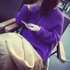 Sweater เสื้อไหมพรมถักตัวยาว สีม่วง ใส่ตัวเดี๋ยวได้เลยเก๋ๆ ยืดได้เยอะ