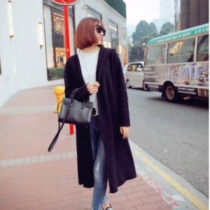 เสื้อคลุมแขนยาว แฟชั่นเกาหลี มีฮู้ด สีดำ ผ้า cotton เนื้อนุ่มไม่หนามาก ใส่คลุมเก๋ๆ กำลังดีค่า ใครชอบแนวเกาหลี จัดเลยนะคะ
