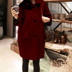 เสื้อโค้ทกันหนาว ทรงยาว เก๋ๆ ไม่เหมือนใคร สีไวน์แดง ผ้าวูลเนื้อดึ หนานุ่ม บุซับใน พร้อมส่ง