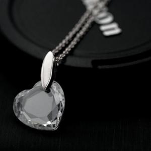 สร้อยคอชุบทองและทองคำขาว18Kจี้คริสตัลรูปหัวใจ