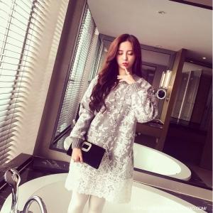 Dress3752 งานนำเข้าแบรนด์เกาหลี Sweater Dress ชุดเดรสแขนยาวผ้าไหมพรมถักนิดติ้งชายลูกไม้ สีเทา