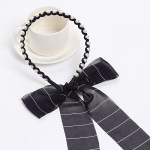 ที่คาดผมผ้าชีฟองยาวลายขวางแต่งมุกสีดำ