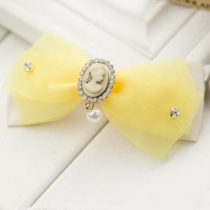 กิ๊บติดผมโบว์สีเหลืองขาวแต่งคริสตัลและมุก