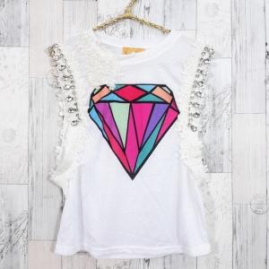blouse3203 เสื้อแฟชั่นแขนกุดแต่งขอบเพชรและลูกไม้ อกสกรีนลาย ผ้าคอตตอนเนื้อดี สีขาว