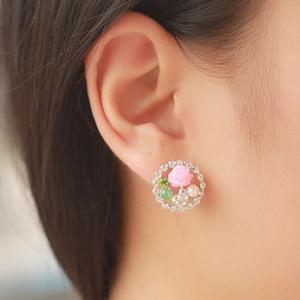 ต่างหูแฟชั่นสไตล์เกาหลีทรงกลมประดับคริสตัลและดอกไม้สีชมพู