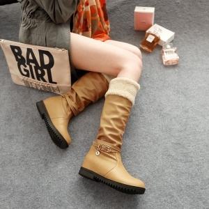 Boots รองเท้าบูท หนังสีน้ำตาลอ่อนแบบยาว เสริมส้นด้านใน บุขนแกะอุ่นและนุ่มมาก งานดีเหมือนแบบค่ะ
