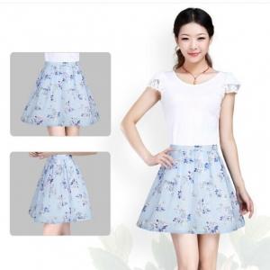 Skirt320 กระโปรงผ้าชีฟองลายดอกไม้โทนสีฟ้าขาว มีซับในซิปหลังเอวสม็อคยางยืด งานน่ารัก แมทช์กับเสื้อได้หลายแบบ