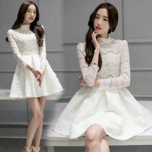 Dress3730 งานนำเข้าแบรนด์เกาหลี ชุดเดรสแขนยาวคอจีนผ้าลูกไม้ยืดเนื้อนิ่มสีขาว มีซับในอย่างดีทั้งชุด งานสวยมากใส่แล้วดูหรูดูแพงสุดๆ แนะนำเลยจ้า