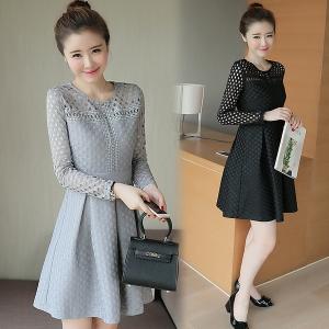 Dress3795 งานนำเข้าสไตล์เกาหลี Big Size Dress ชุดเดรสไซส์ใหญ่แขนยาวผ้าลูกไม้ฉลุเนื้อหนามีน้ำหนักทิ้งตัวสวย งานตัดเย็บอย่างดี มีซิปหลังใส่ง่าย มีซับในทั้งชุด มี 2 สี ดำ เทา