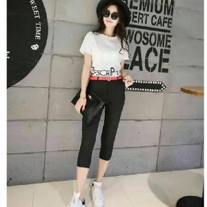 Set_bt1288 งานนำเข้าสไตล์เกาหลี ชุด 2 ชิ้น(เสื้อ+กางเกง)แยกชิ้น เสื้อแขนสั้นสีขาวสกรีนลาย+กางเกงขายาวห้าส่วนผ้าเนื้อดี ซิปหน้า กระเป๋าข้าง สีพื้นดำ (ไม่มีเข็มขัด)