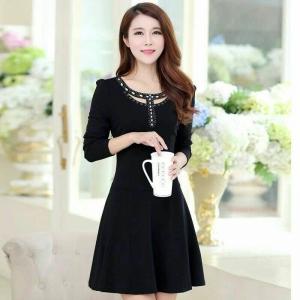 Dress3712 งานนำเข้าสไตล์เกาหลี ชุดเดรสแขนยาวสีดำ คอประดับเลื่อมสวยหรู ผ้าเนื้อหนามีน้ำหนักทิ้งตัวสวย