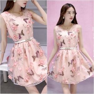 Dress3791 งานนำเข้าสไตล์เกาหลี 3D Floral Printed Dresses ชุดเดรสงานสวยหรูดีไซน์สามมิติ ผ้าไหมแก้วพิมพ์ลายผีเสื้อประดับดอกไม้โทนสีชมพู งานตัดเย็บอย่างดี มีซับในทั้งชุด (ไม่มีเข็มขัด)