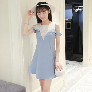Dress3811 ชุดเดรสทรงสวยแขนกุดเว้าไหล่ ซิปหลังใส่ง่าย งานตัดเย็บอย่างดี ผ้าหนาเนื้อดีทิ้งตัวสวย **งานเหลือสีฟ้าสีเดียวจ้า